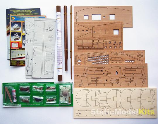 Mantua 755 Pinta stavebnice modelu lodi - obsah stavebnice