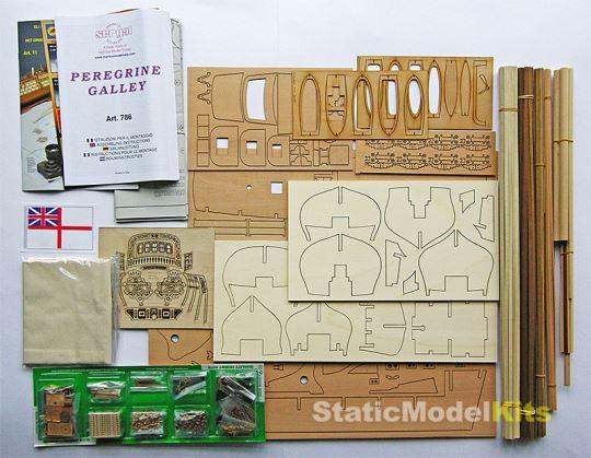 Obsah stavebnice modelu lodi Sergal Peregrine Galley
